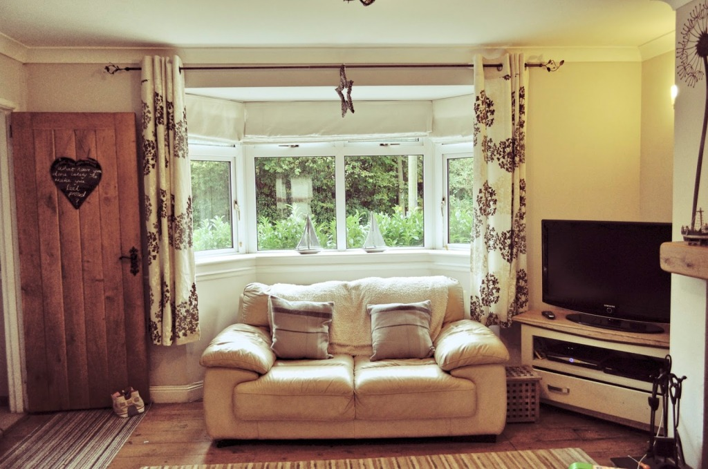 Grey and cream living room Mum in a Nutshell