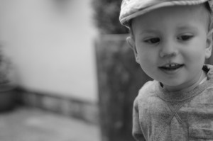 Flat cap baby in black and white