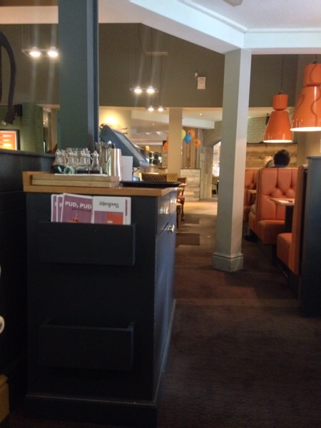 A review of the Marsh Mills Beefeater in Plymouth, Devon a stylish and relaxing restaurant