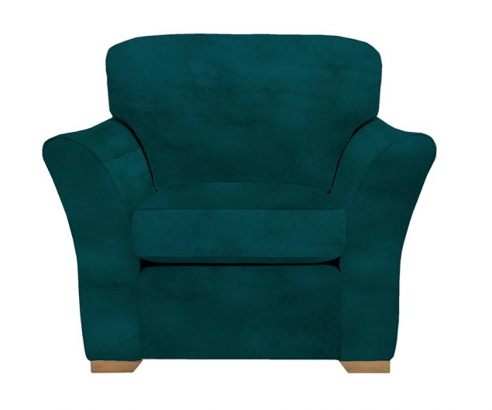5 musthave armchairs to create a cosy living room.