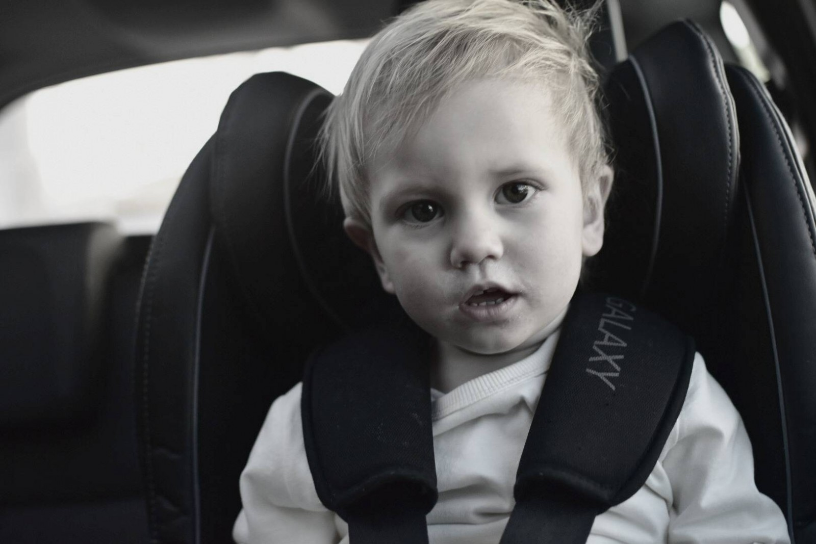 how to help your toddler enjoy car journeys better