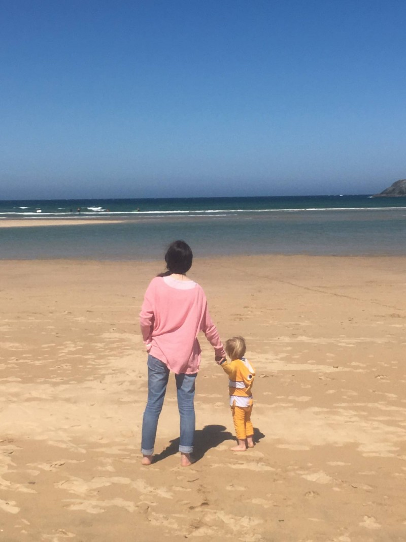 a fabulous family holiday in a family friendly holiday park in Cornwall. this photo was taken on the local nearly Crantock beach near Newquay