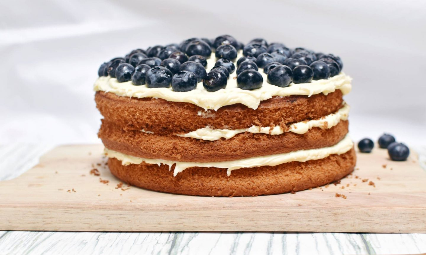A Blueberry Cheesecake Gateaux Recipe