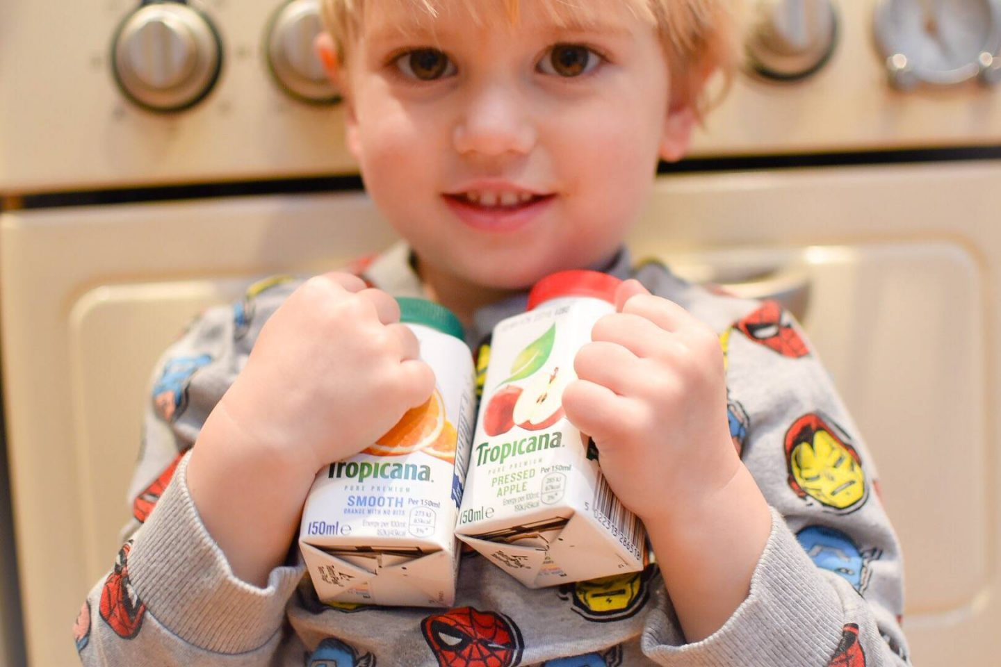 simple and sneaky ways to get some of your child's 5 a day with these lunch box ideas