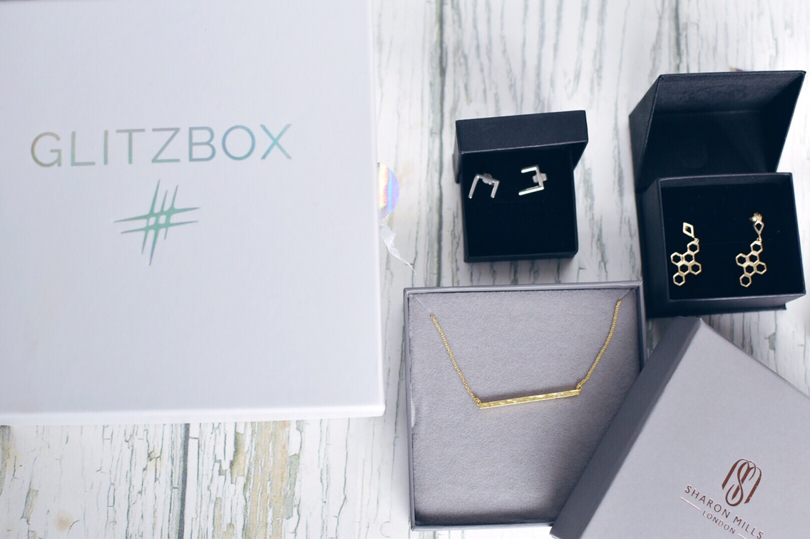 glitzbox is the UK's first subscription based jewellery service and I'm loving having the chance to trail some new pieces.